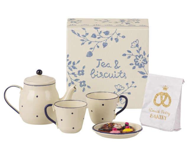 Maileg Tea & Biscuits for two